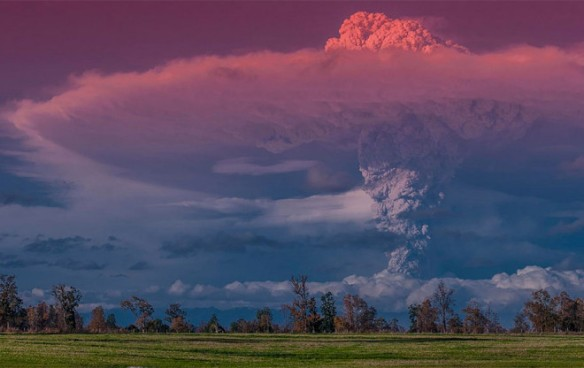 erupted-volcano-chile-francisco-negroni-7-660x416
