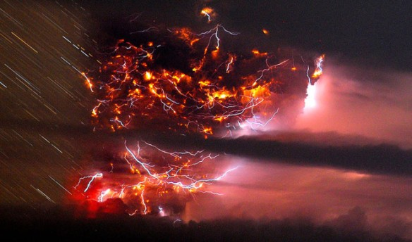 erupted-volcano-chile-francisco-negroni-8-660x389