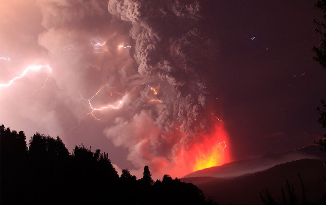 erupted-volcano-chile-francisco-negroni-9-660x416