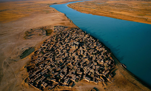 Village in Niger, Mali, by Yann Arthus-Bertrand