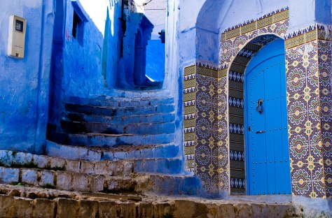 blue-streets-of-chefchaouen-morocco-11