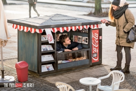 coca-cola-mini-kiosk-hed-2014