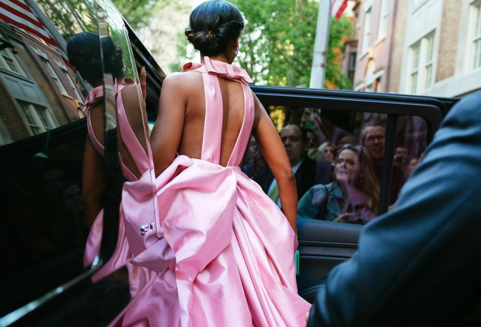 met-gala-2015-phil-oh-entrances-exits-091